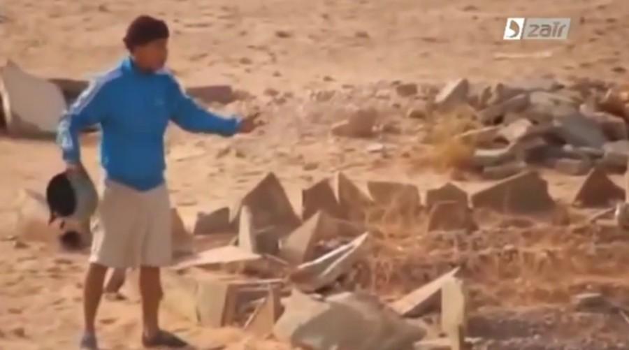 Profanazione di un cimitero mosabita